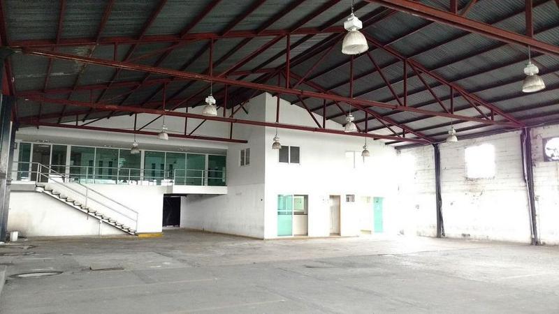 Foto Bodega Industrial en Venta en  Jiquilpan,  Cuernavaca  Bodega Venta Cuernavaca 2