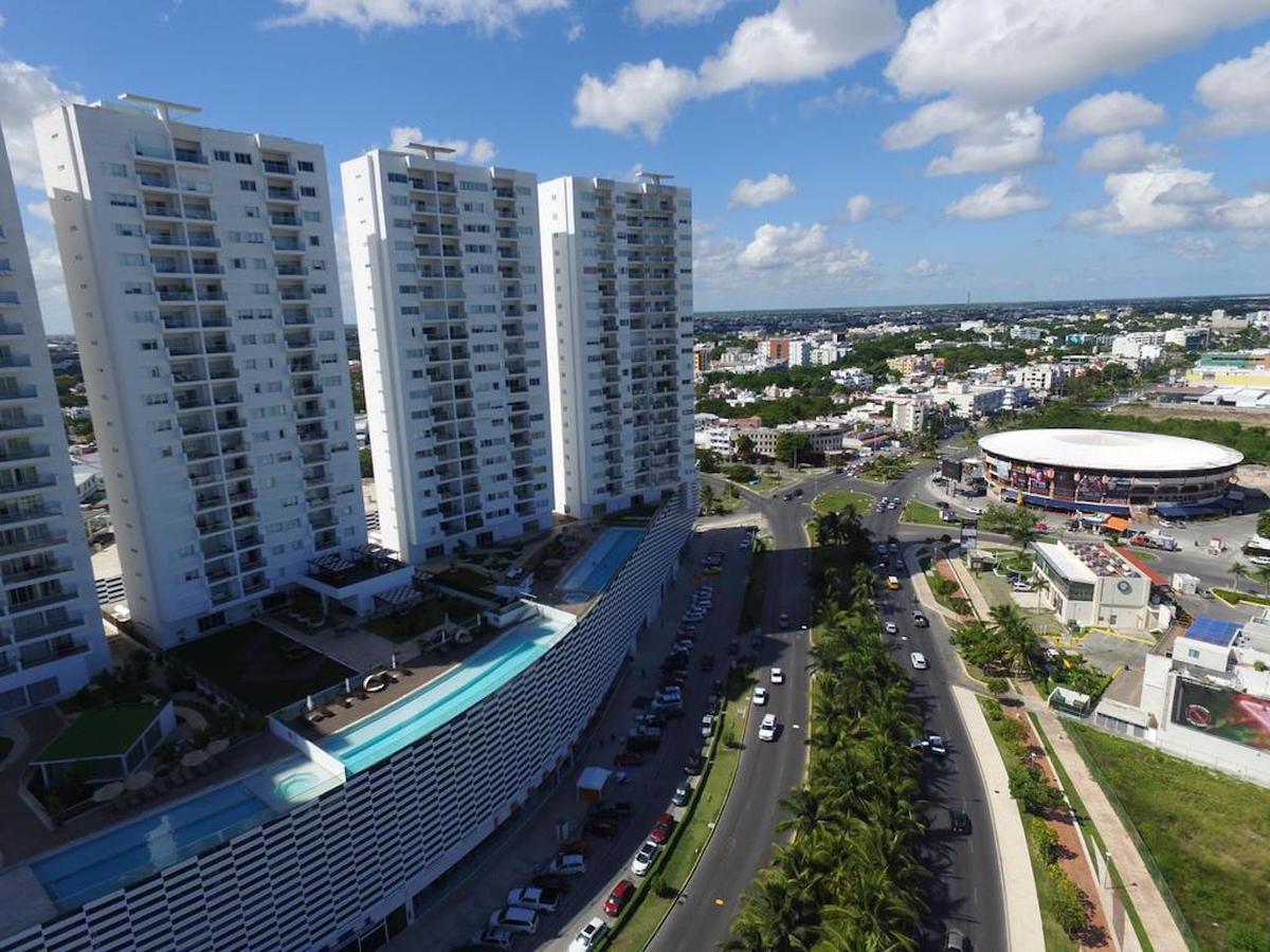 Foto Departamento en Venta en  Supermanzana 6b,  Cancún  DEPARTAMENTO EN VENTA EN CANCUN MALECON AMERICAS
