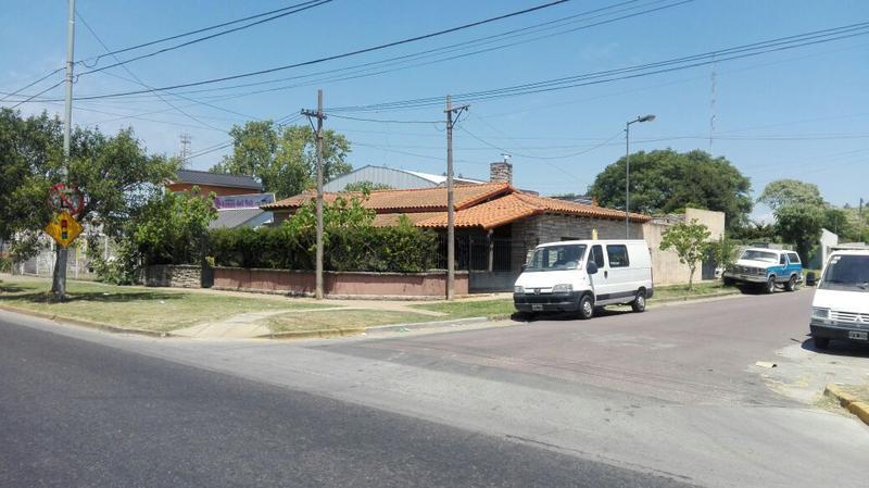 Foto Terreno en Alquiler en  La Plata ,  G.B.A. Zona Sur  122 esquina 47