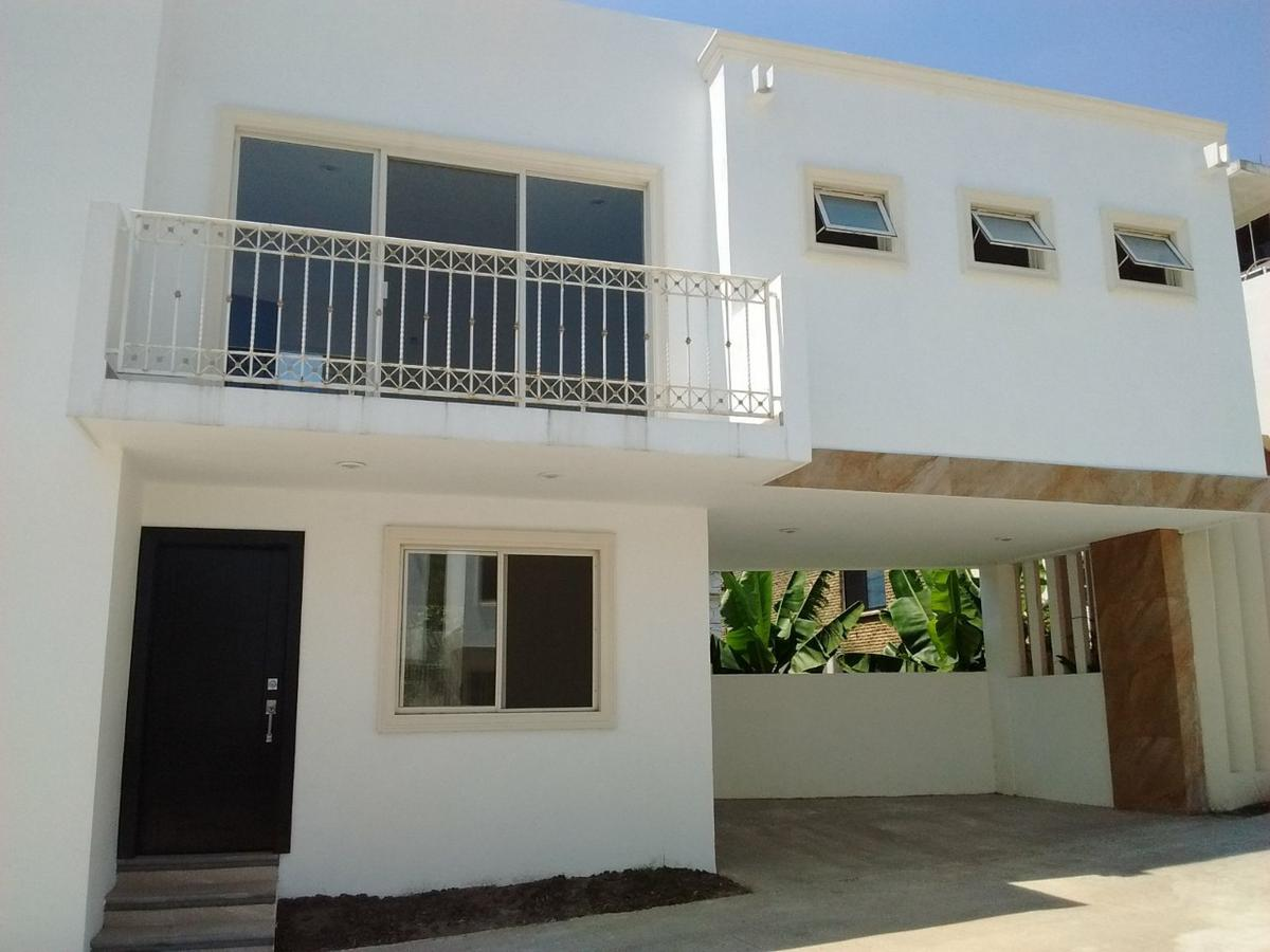 Foto Casa en Renta en  Jardín,  Tampico  Casa en venta en Colonia Jardín, Tampico