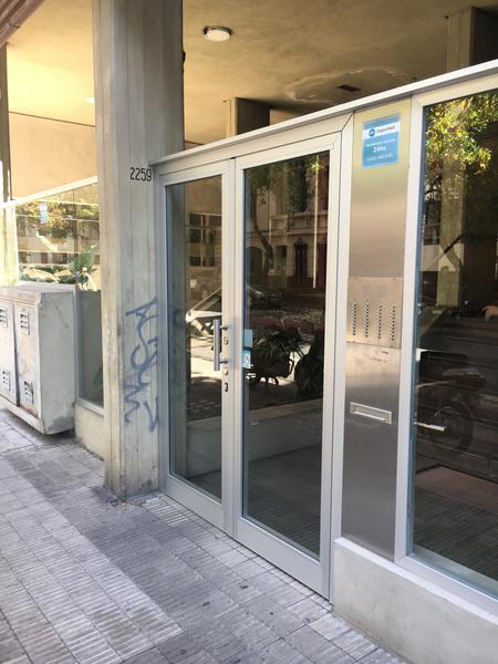 Foto Departamento en Venta |  en  Zona Centro,  Rosario  Rioja al 2200