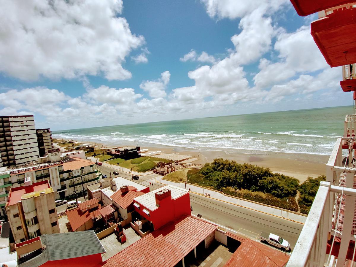 Foto Departamento en Venta en  Mar De Ajo ,  Costa Atlantica  Costanera 245 - 9° 69