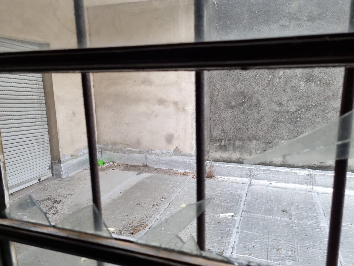Foto Edificio Comercial en Venta en  Ciudad Vieja ,  Montevideo  Buenos Aires esq Colon
