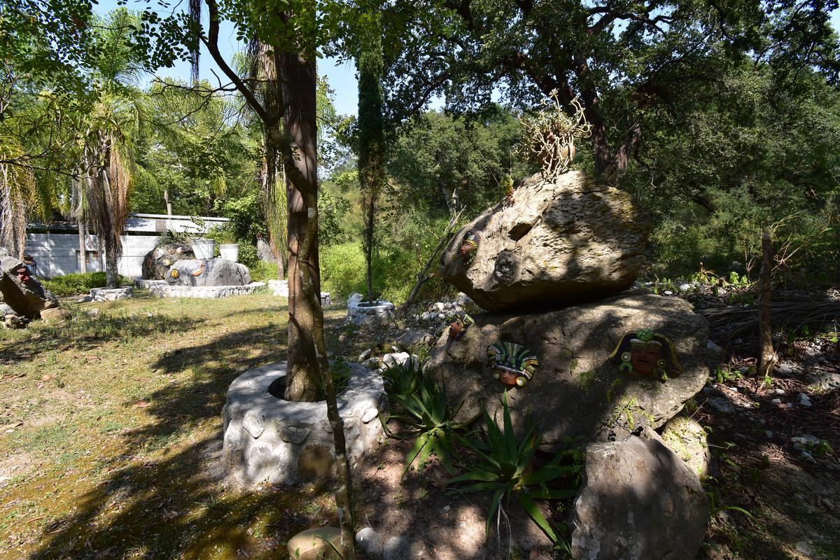 Foto Terreno en Venta en  El Barro,  Santiago  Terreno en Venta en Fracc. El Barro - Zona Carretera Nacional