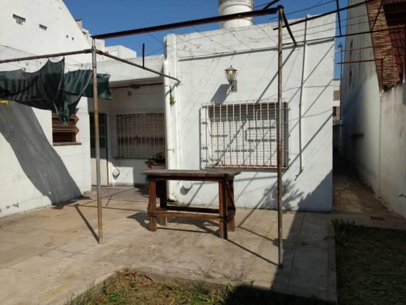 Foto Casa en Venta en  Monte Castro,  Floresta  Cervantes al 1600