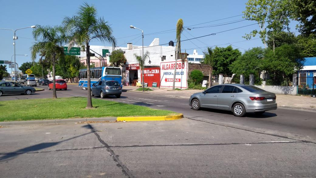 Foto Local en Venta en  S.Fer.-Carupa,  San Fernando  ECH. Local comercial con deposito. Venta