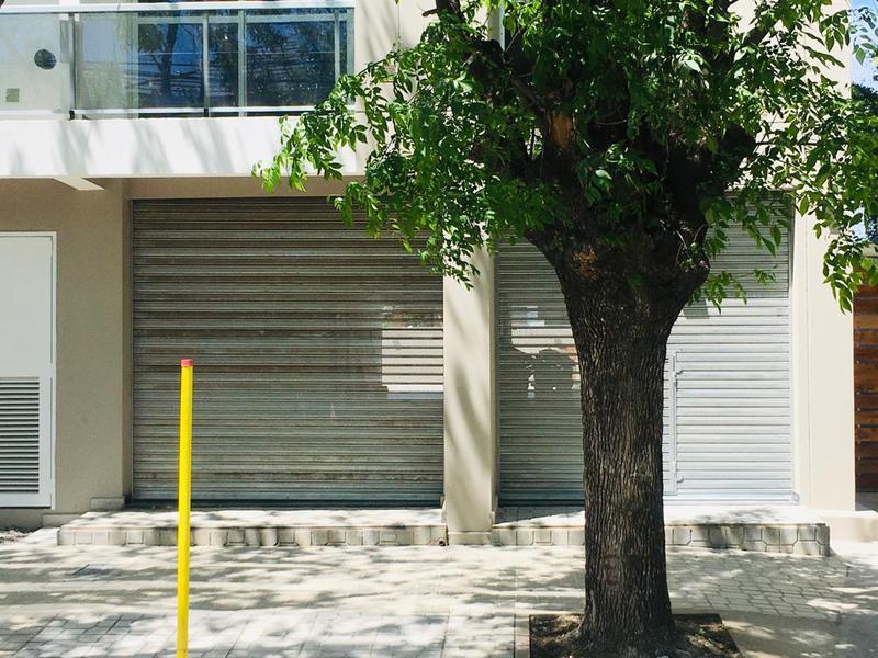 Foto Local en Alquiler en  Muñiz,  San Miguel  Conesa al 800