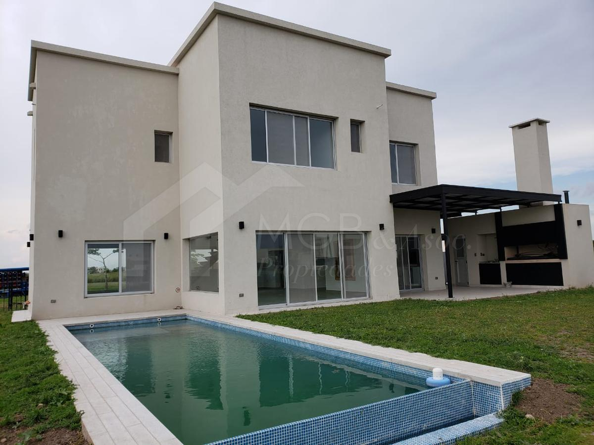 Foto Casa en Venta en  El Canton,  Countries/B.Cerrado (Escobar)  BARRIO EL CANTON, ESCOBAR