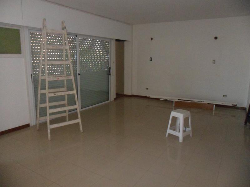 Foto Departamento en Alquiler en  Capital ,  San Juan  Mitre y Gral Acha 3 P