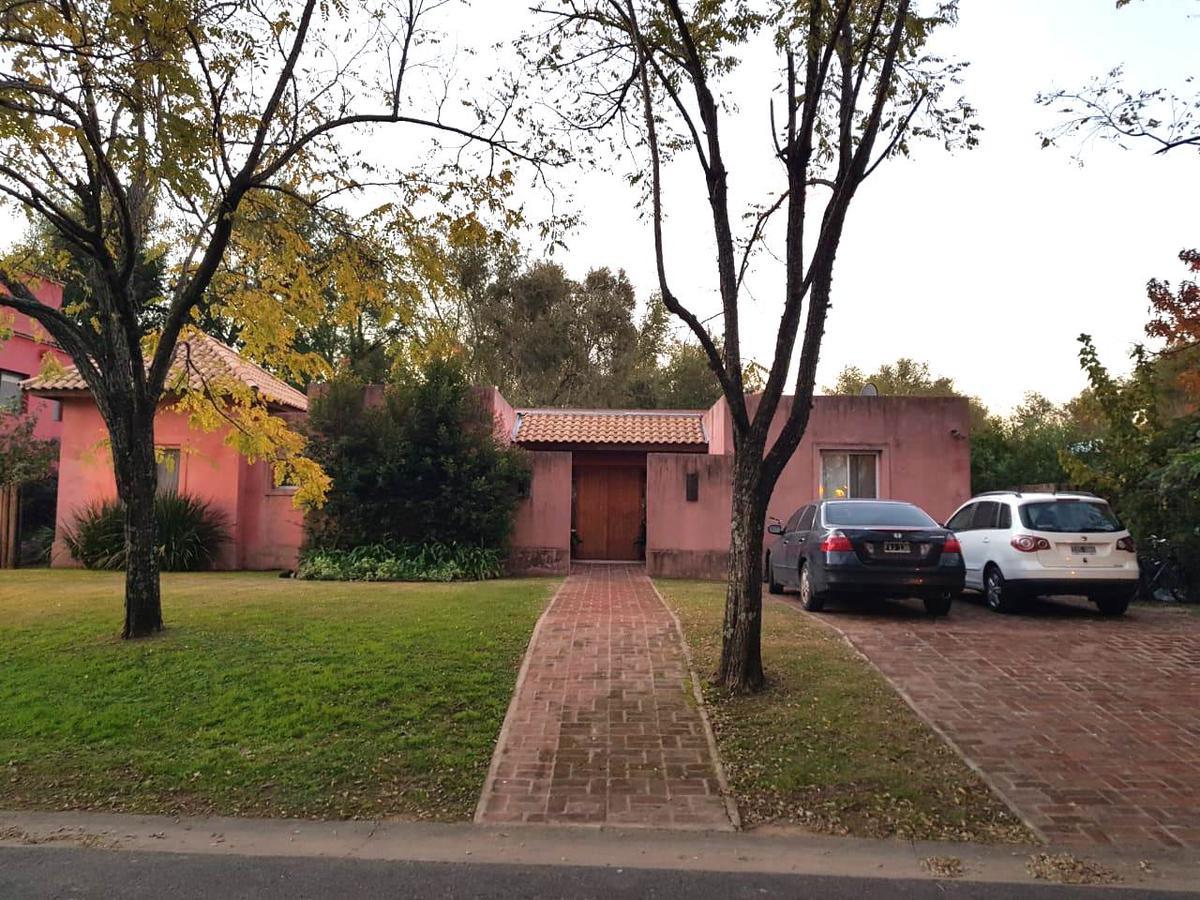 Foto Casa en Venta en  Santa Maria De Tigre,  Countries/B.Cerrado (Tigre)  Santa Maria de las Conchas al 100