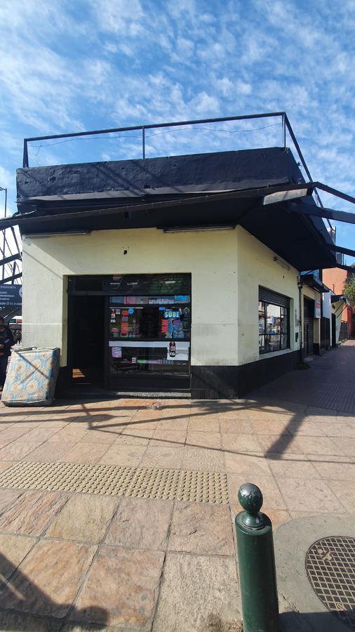 Foto Local en Venta en  Don Torcuato,  Tigre  Triunvirato al 1500