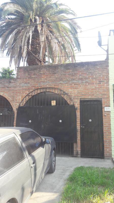 Foto Casa en Alquiler en  San Miguel,  San Miguel  GELLY Y OBES al 1200