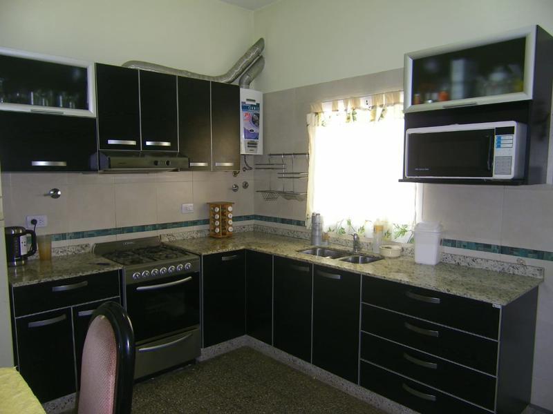 Foto Casa en Venta en  Monte Chingolo,  Lanus  Magdalena al 900