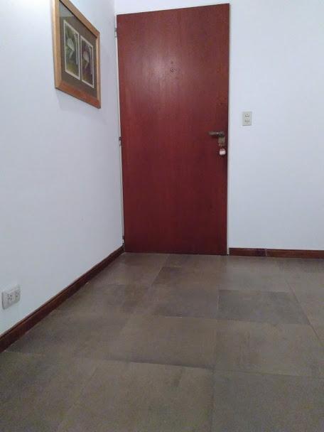 Foto Oficina en Venta en  Barrio Vicente López,  Vicente López  Av. Maipú al 1300