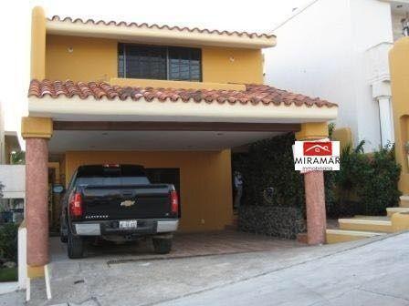 Foto Casa en Venta en  Tampico ,  Tamaulipas  Casa en Venta Fracc. Villa Vera