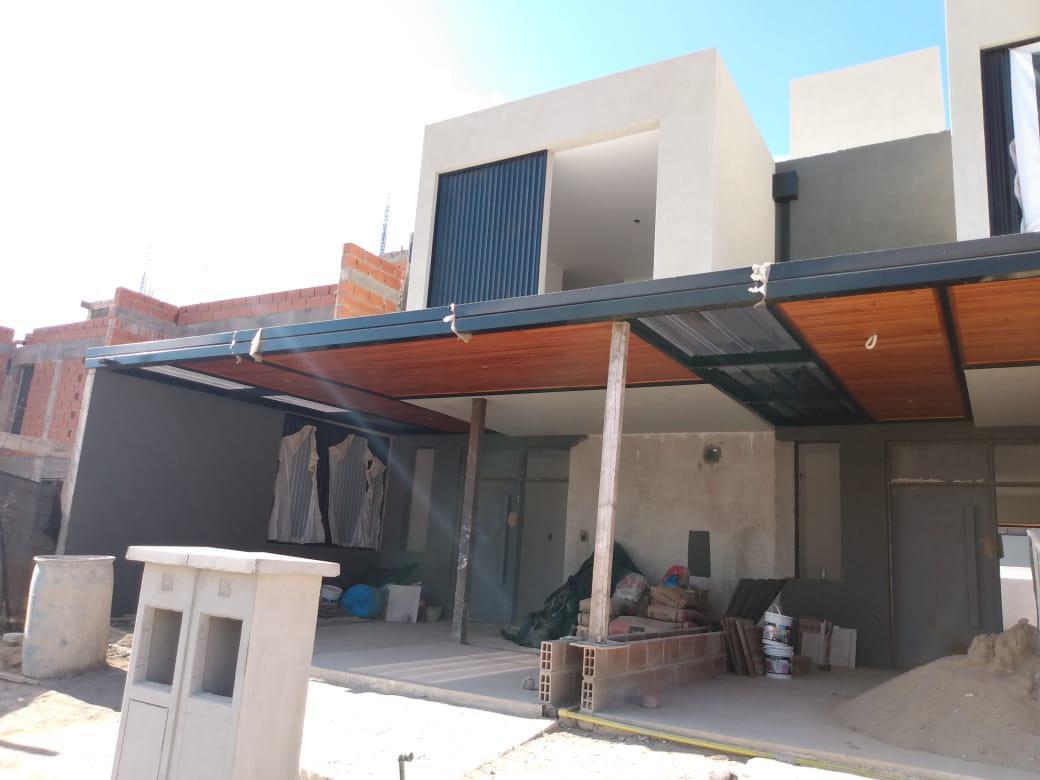 Foto Casa en Venta en  Docta,  Cordoba Capital  REAL OPORTUNIDAD - Docta Boulevard - Dúplex 2 dormitorios