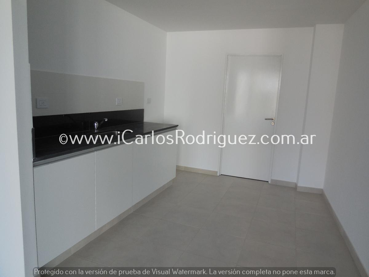 Foto Oficina en Venta | Alquiler en  Parque Patricios ,  Capital Federal  AV SAENZ ESQUINA AV CASEROS