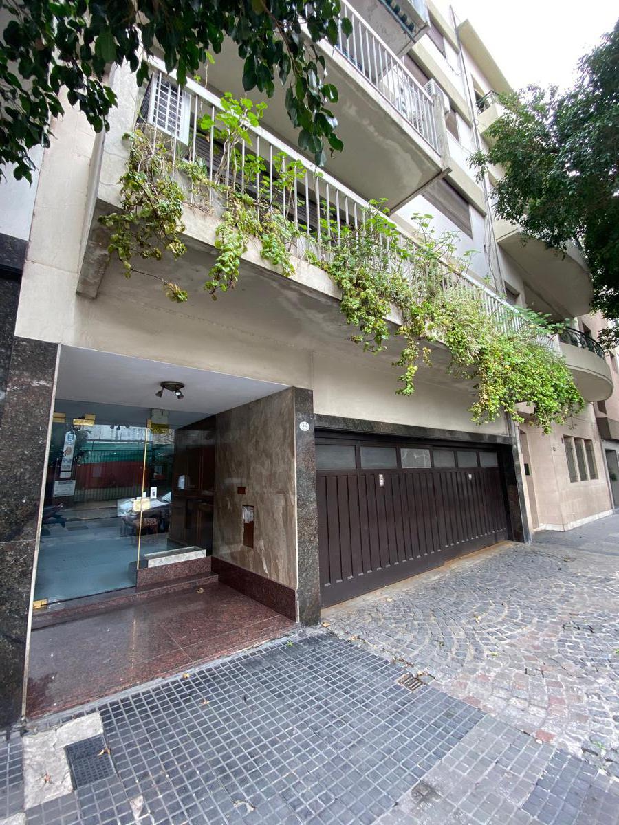 Foto Departamento en Alquiler en  Monserrat,  Centro (Capital Federal)  San José al 400