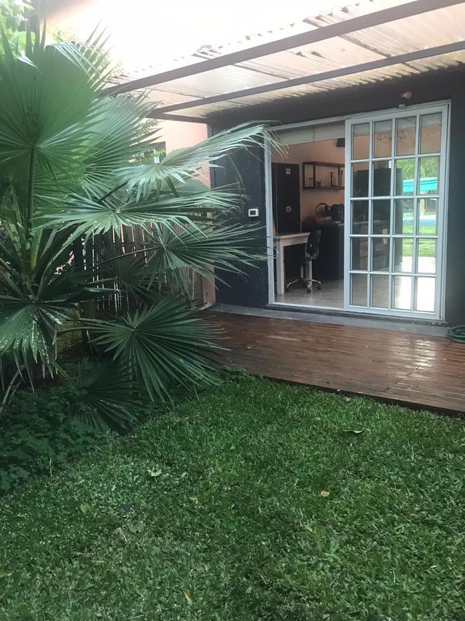 Foto Casa en Venta en  Robles Del Monarca,  Manuel Alberti  Los Castaños 2641