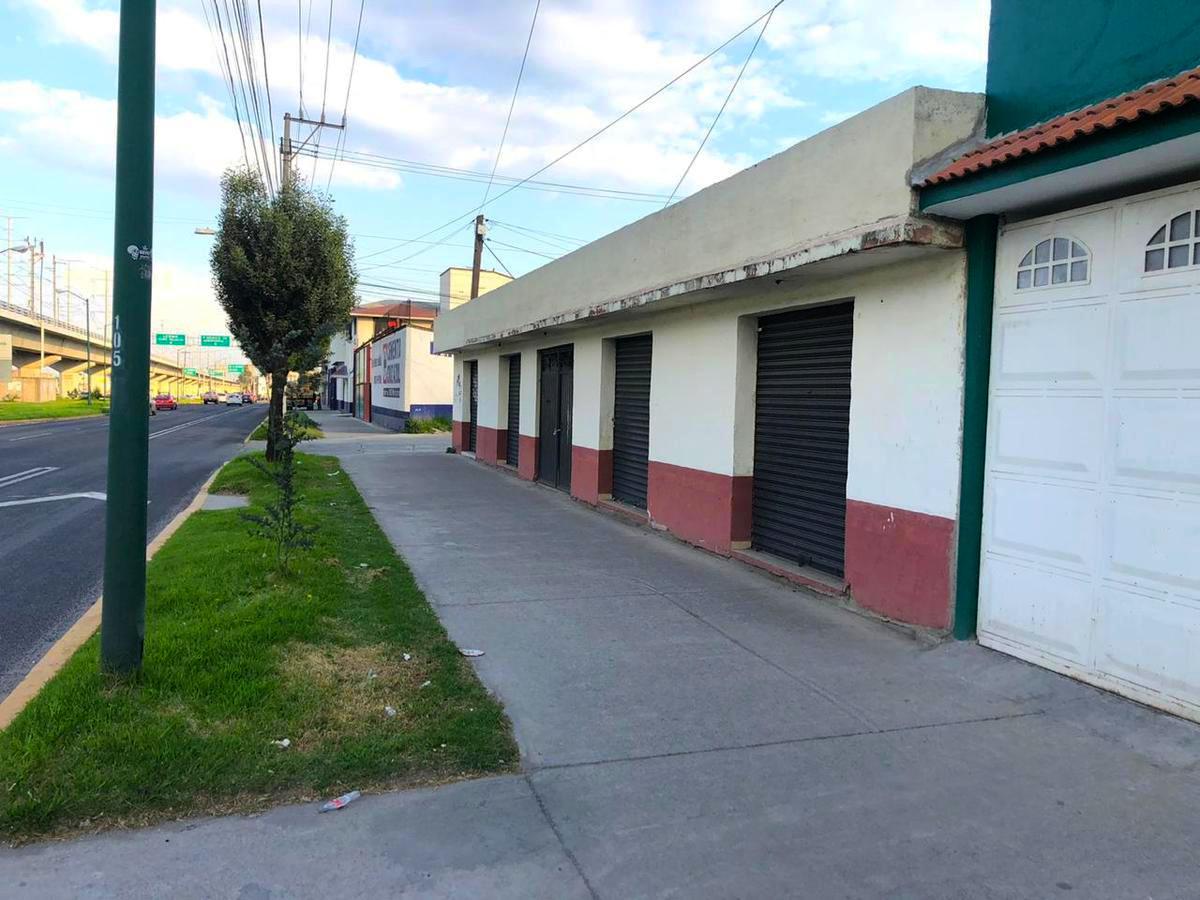 Foto Local en Venta | Renta en  San Buenaventura,  Toluca  Locales en Venta o Renta sobre Av. Las Torres San Buenaventura