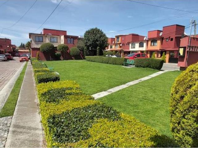 Foto Casa en condominio en Venta en  Ex-Hacienda San Jorge,  Toluca  VENTA DE CASA EN FRACCIONAMIENTO SAN JORGE TOLUCA