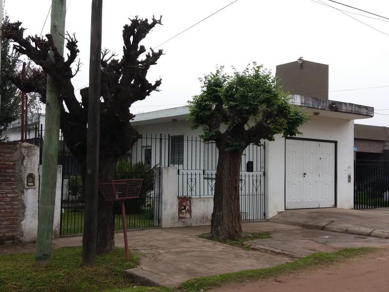 Foto Casa en Venta en  Jose Clemente Paz,  Jose Clemente Paz  DIAZ VELEZ al 200