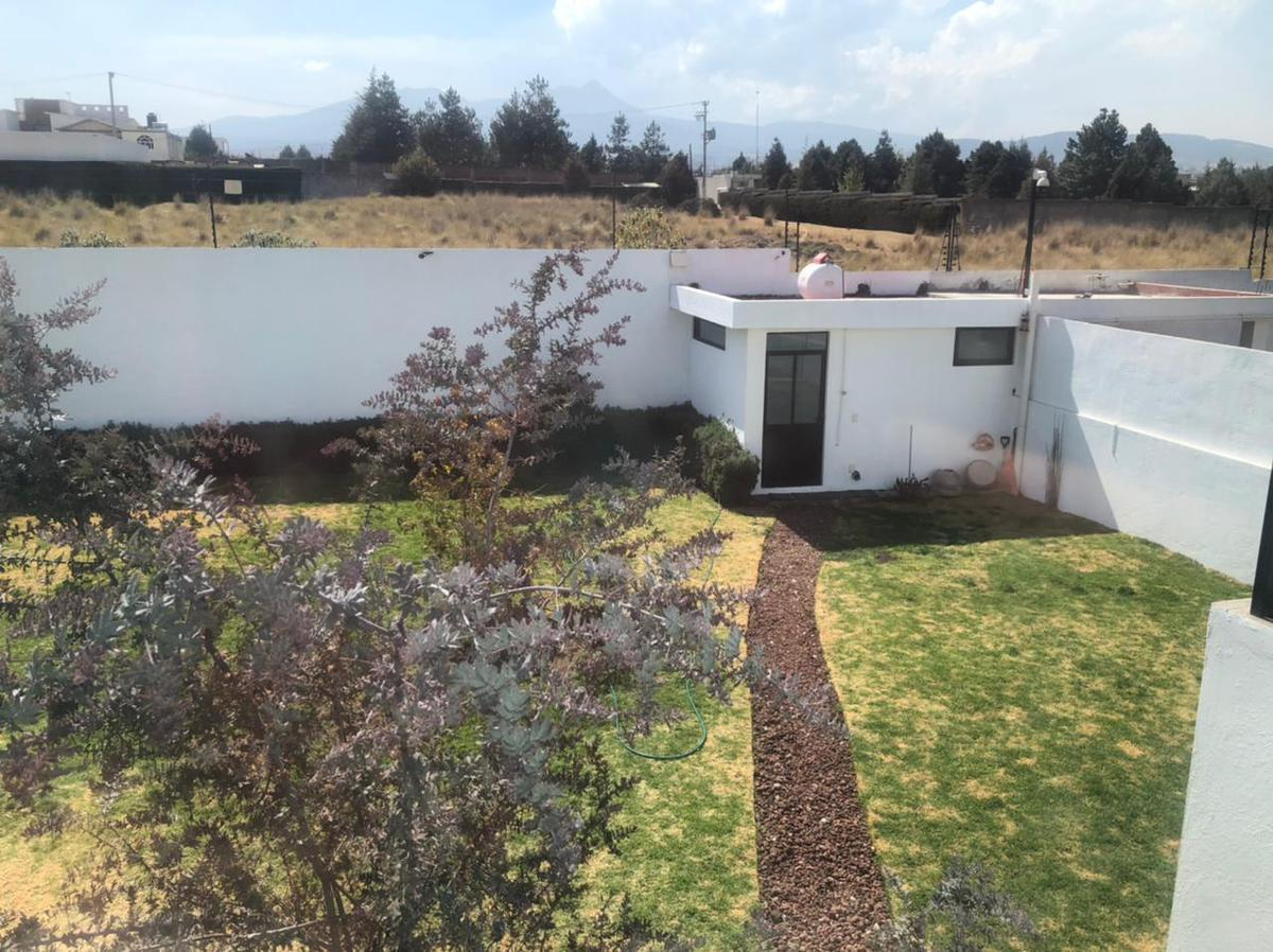 Foto Casa en Venta en  Cacalomacan,  Toluca  VENTA DE CASA EN CACALOMACÁN TOLUCA
