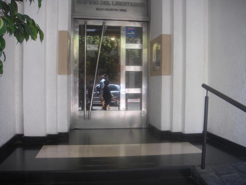 Foto Departamento en Venta en  Capital ,  Tucumán  San Martin al 200