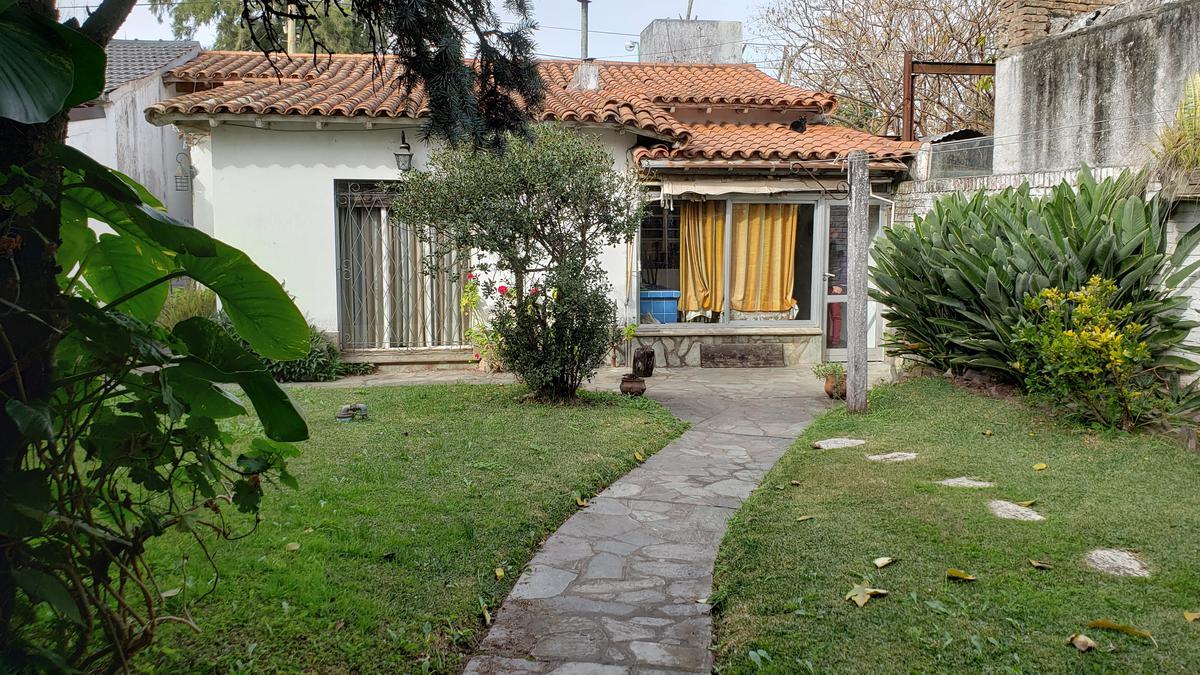 Foto Casa en Venta en  Don Torcuato,  Tigre  Bolivia al 600