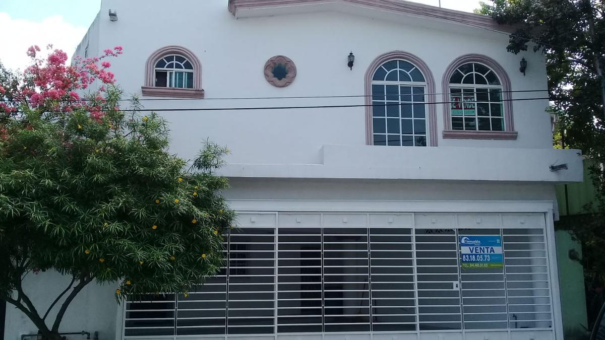 Foto Casa en Venta en  Valle del Contry ,  Guadalupe  Col. Valle del Contry  Guadalupe N.L