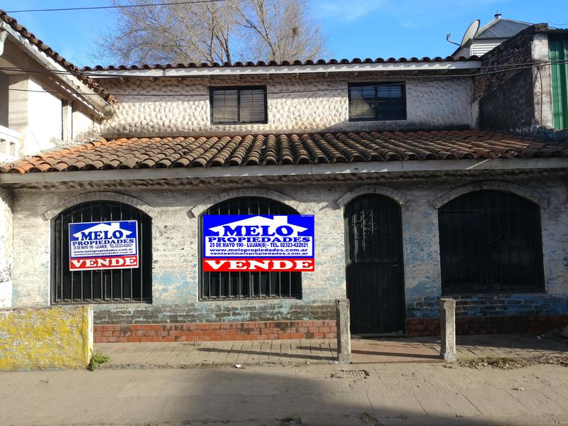 Foto Casa en Venta en  Lujan ,  G.B.A. Zona Oeste  Zona turística, comercial a reciclar