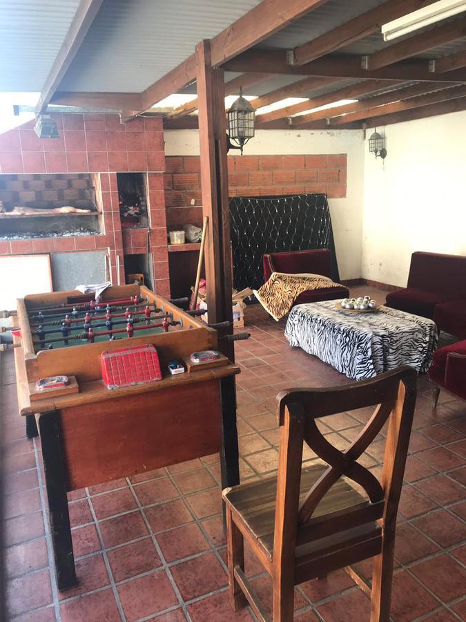 Foto Casa en Venta en  Villa Primera,  Mar Del Plata  Neuquen 533, entre Necochea e Ituzaingó