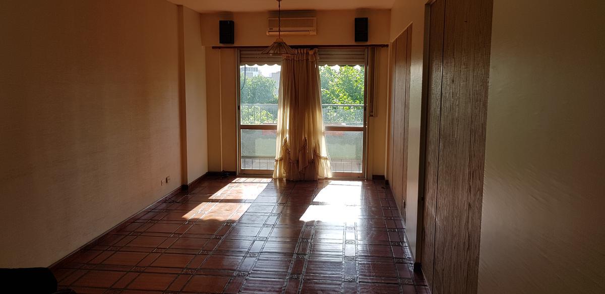 Foto Departamento en Venta en  Villa Urquiza ,  Capital Federal  Cullen al 5600