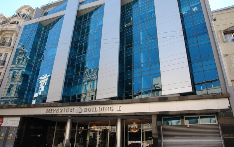Foto Oficina en Alquiler en  Ciudad Vieja ,  Montevideo  Oficina en Imperium Building
