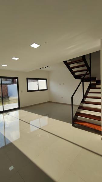 Foto Casa en Venta en  Docta,  Cordoba Capital  Docta