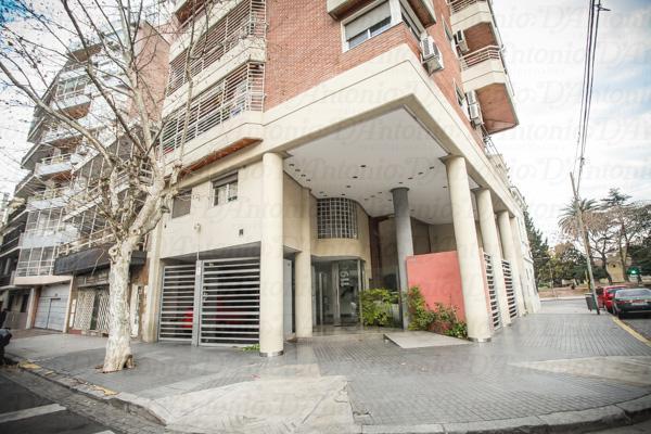 Foto Departamento en Alquiler en  Parque Chacabuco ,  Capital Federal  Baldomero Fernandez Moreno 1196/1200