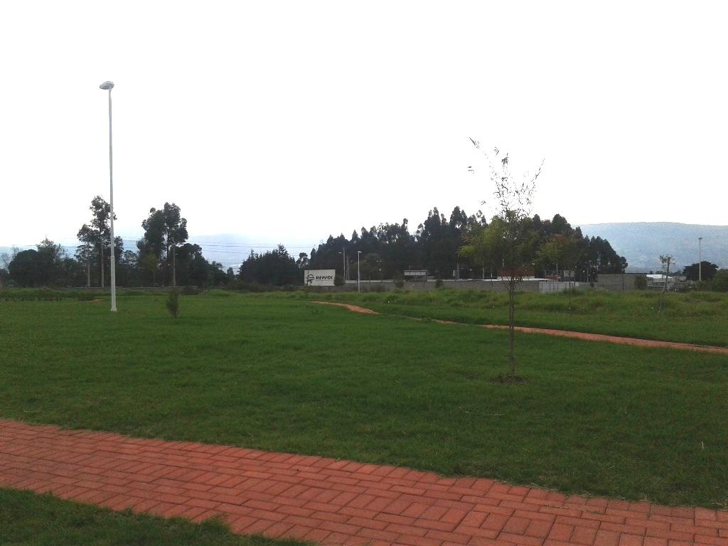 Foto Terreno en Venta en  Los Chillos,  Quito  Terreno  plano, Urbanización Exclusiva Navarra 1