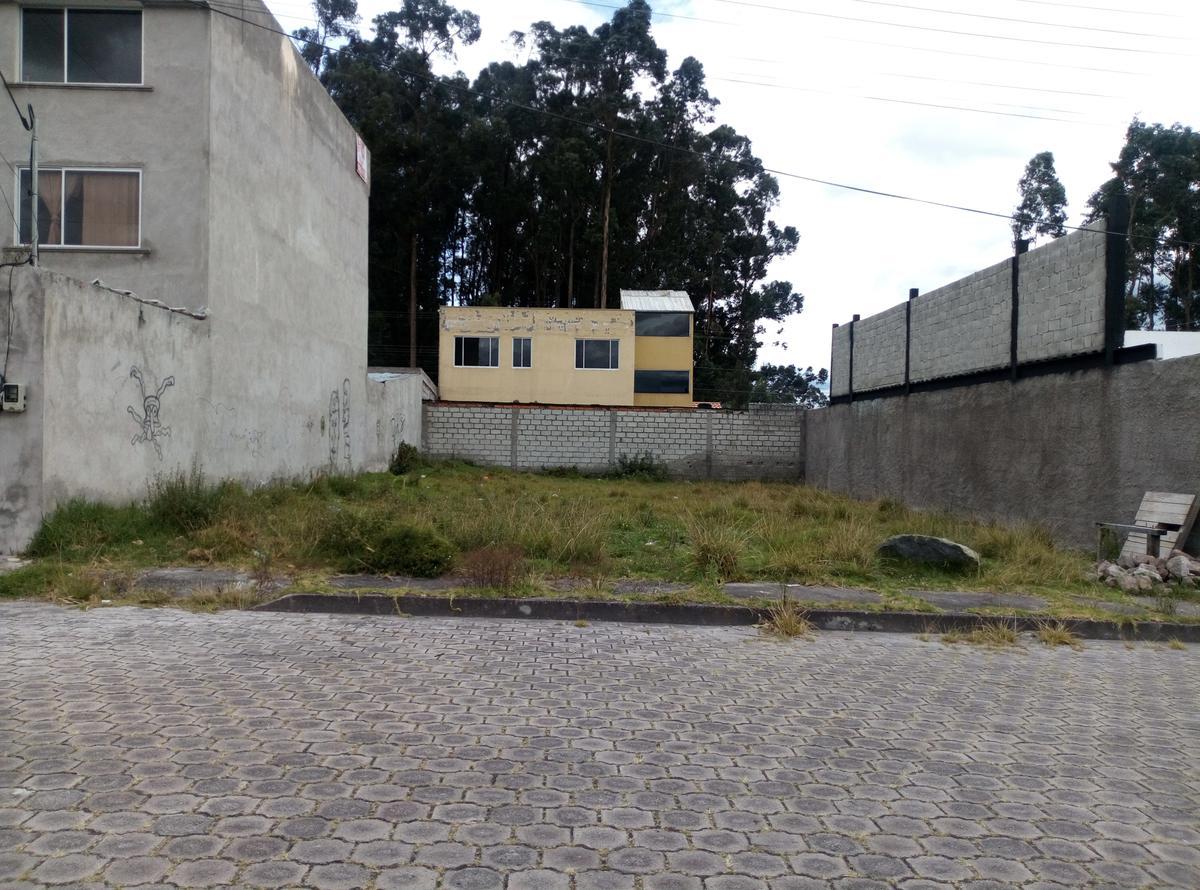 Foto Terreno en Venta en  Sangolqui,  Quito  colegio Lev Vigotski