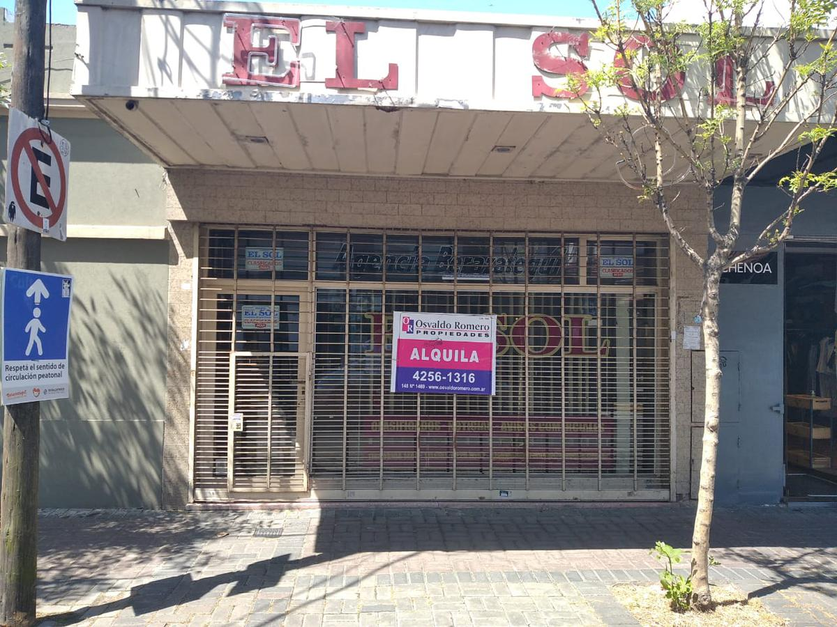 Foto Local en Alquiler en  Berazategui,  Berazategui  Calle 148 N° 1480 e/ 14 y 15