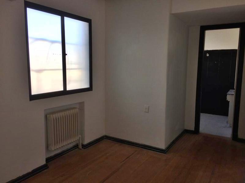 Foto Oficina en Alquiler en  Carrasco ,  Montevideo  Oficina centro Carrasco