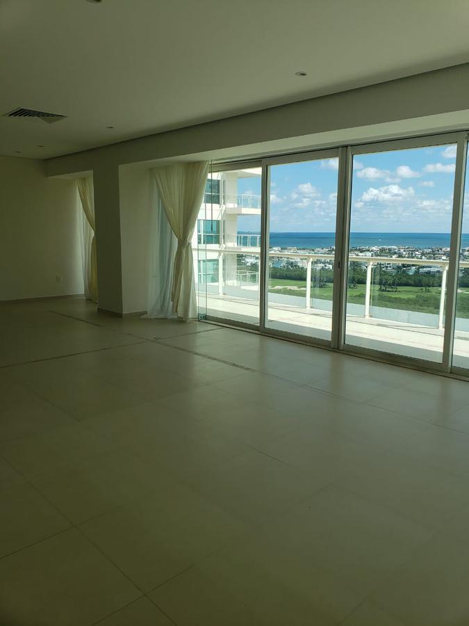 Foto Departamento en Renta en  Puerto Cancún,  Cancún  Puerto Cancún
