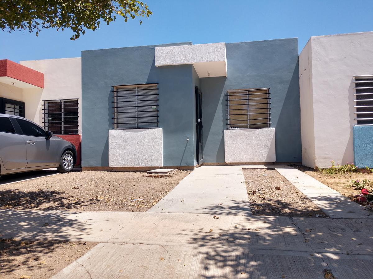 Foto Casa en Renta en  Fraccionamiento Santa Fe,  Culiacán  Casa Amueblada y Equipada Zona Santa Fe 2 Recamaras