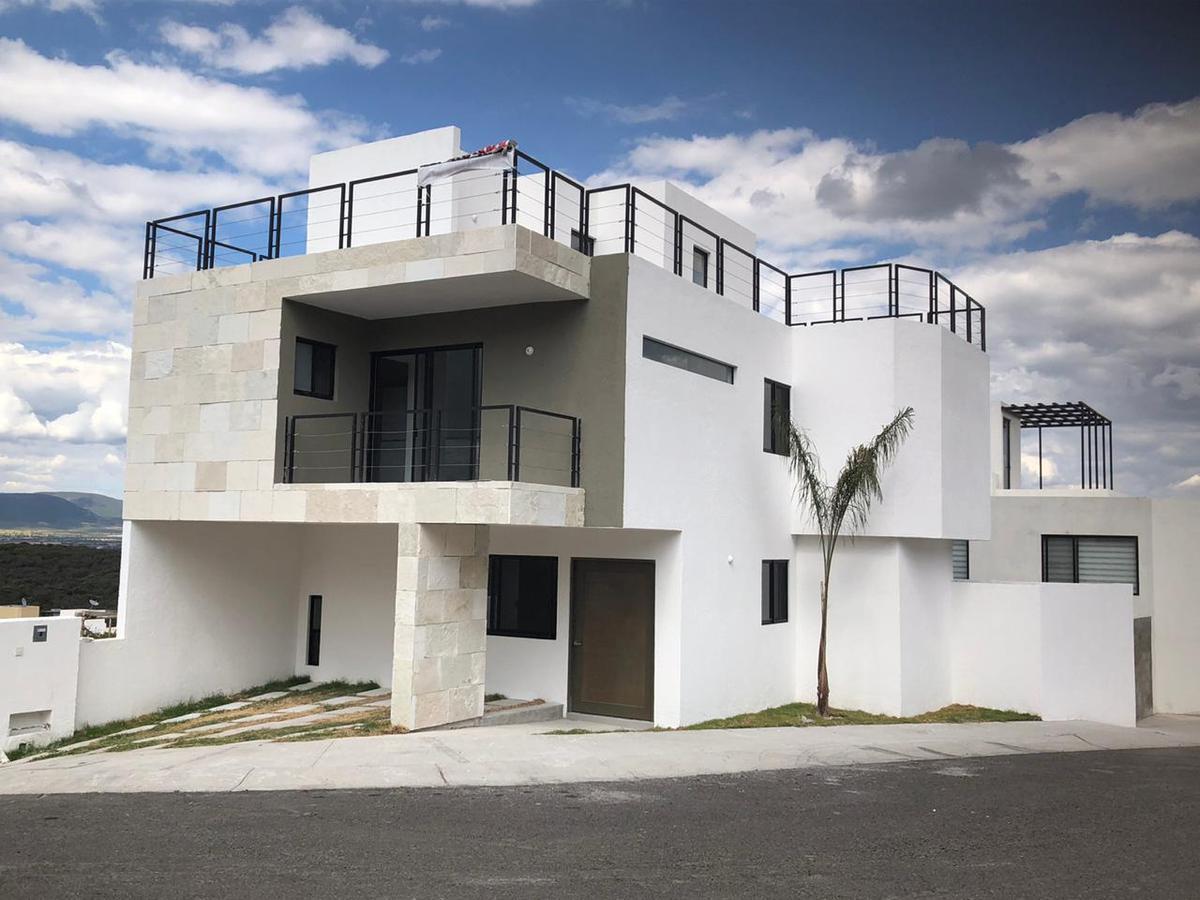 Foto Casa en Venta en  Fraccionamiento Zibatá,  El Marqués  CASA NUEVA EN VENTA CON ROOF GARDEN EN CONDOMINIO AGAVE ,ZIBATA QRO. MEX.