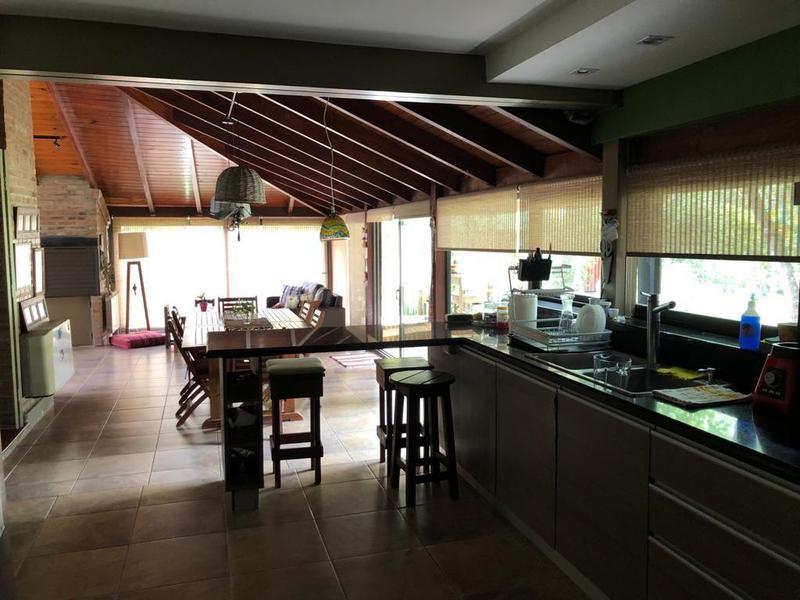 Foto Casa en Venta en  Funes ,  Santa Fe  Funes