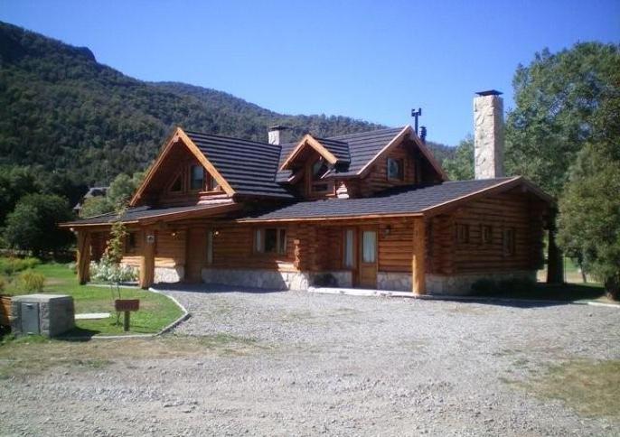 Foto Casa en Venta en  Arelauquen,  Bariloche  Casa en Arelauquen Golf & Country Club