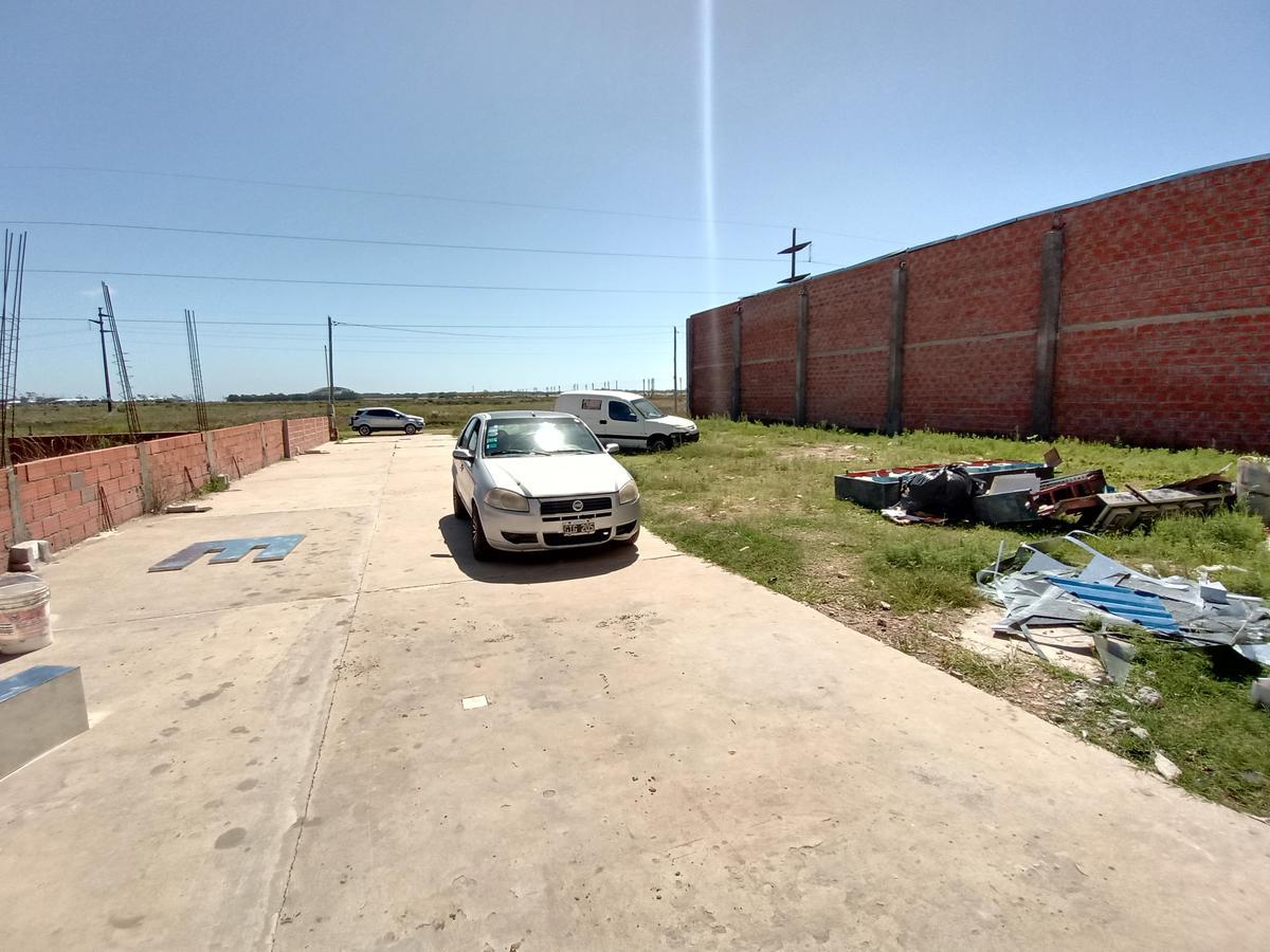 Foto Galpón en Venta | Alquiler en  Mar De Ajo ,  Costa Atlantica  Av. Libertador San Martin al 2100