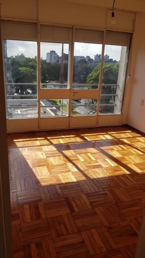 Foto Apartamento en Alquiler en  Tres Cruces ,  Montevideo  Br, Artigas - Obelisco