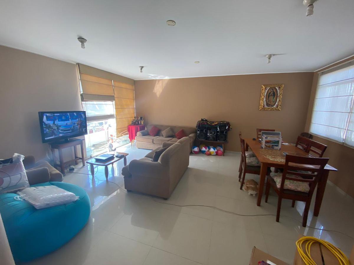 Foto Departamento en Venta en  La Molina,  Lima  Calle La Akapana