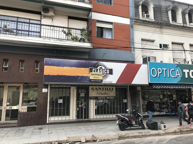 Foto Local en Alquiler en  Lomas de Zamora Oeste,  Lomas De Zamora  MEEKS 138