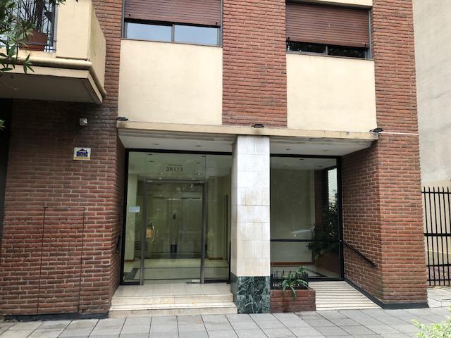 Foto Departamento en Alquiler en  Lomas De Zamora ,  G.B.A. Zona Sur  Colombres al 200